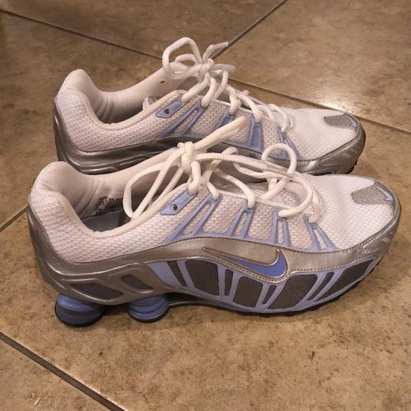livraison gratuite 5f1fa 6fad4 Brand New Nike Shox Turbo III Size 9 NWT